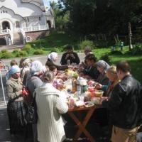 Бутово: Обед на свежем воздухе